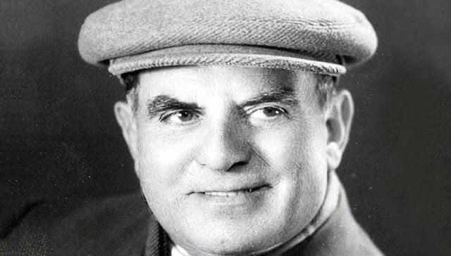 Ο Στράτος Παγιουμτζής.
