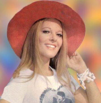 Χαριτίνη Καρόλου