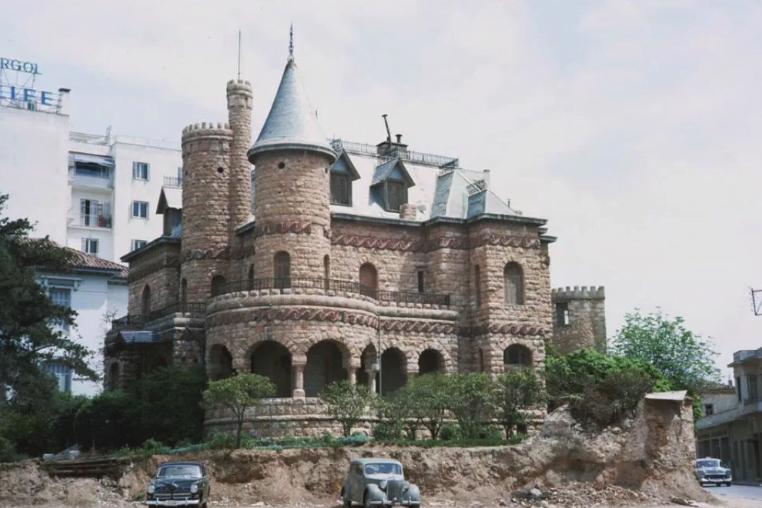 Βίλα Μαργαρίτα: Το παραμυθένιο κάστρο της Αθήνας