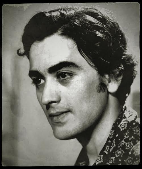 1946, Γαλανός